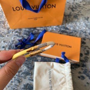 Louis Vuitton Daily Confidential leather bracelet